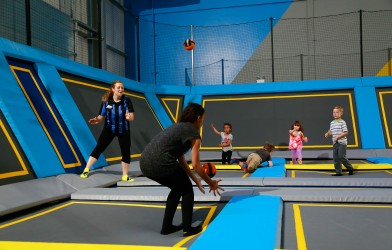 children play on trampolines at Oxygen Freejumping